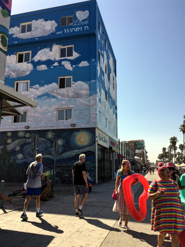 Starry Night by Rip Cronk. Hyllest til Vincent van Gogh. Venice Beach.